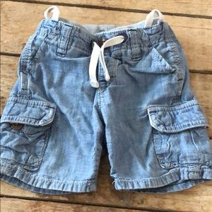 Baby Gap size 12-18 month cargo denim shorts